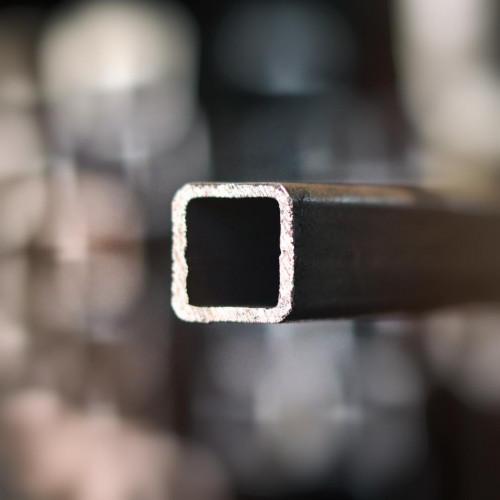 Uzavretý profil 15x15x1,5 mm